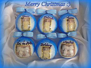 Dekorácie - Modré vianočné ozdoby s menami :) - 7178517_