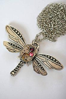 Náhrdelníky - Steampunkový náhrdelník Vážka - 7179384_