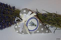 Dekorácie - Levanduľové srdiečka - 7178943_