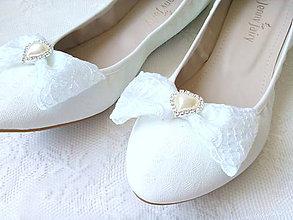 Obuv - Wedding shoe clips (white) - 7186983_