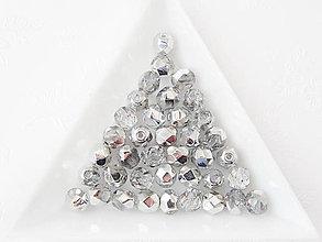 Korálky - České sklenené brúsené korálky 6mm 00030/27001 Crystal Labrador, bal.1ks - 7188679_