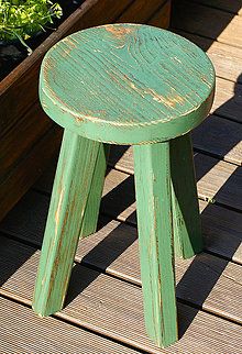 Nábytok - Drevený stolček farebný - 7186779_