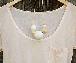 Náhrdelníky - náhrdelník MINIMAL 20 - drevo maľované akrylom - 7194839_