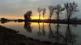 Fotografie - Západ slnka - Dubnica nad Váhom - 7197684_