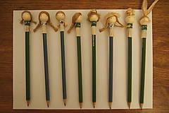 Drobnosti - Ceruzka - šúpolie, cca 15 cm - 7203445_