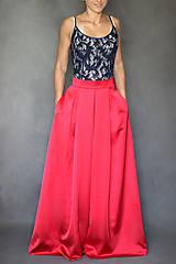 Šaty - Spoločenské šaty na ramienka so skladanou sukňou - 7200704_