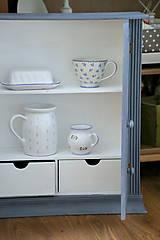 Nábytok - Sivá závesná skrinka - predaná - 7201263_