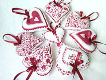Dekorácie - Red folklore hearts - 7206277_