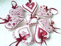 Dekorácie - Red folklore hearts - 7206278_