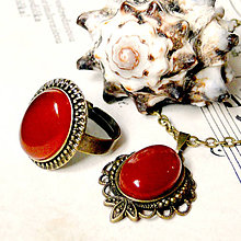 Sady šperkov - Red Jade & Bronze Set / Náhrdelník a prsteň s červeným jadeitom - 7204139_