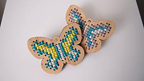 Odznaky/Brošne - Drevené brošne - motýle - 7207722_