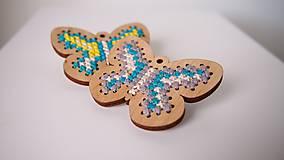 Odznaky/Brošne - Drevené brošne - motýle - 7207753_