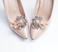"""Obuv - Elegantné """"burberrky"""" - klipy na topánky béžové s vintage gombíkom a kockovaným vzorom - 7207069_"""