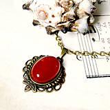 Red Jade & Bronze Necklace / Náhrdelník s červeným jadeitom