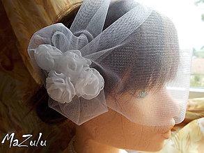 Ozdoby do vlasov - tylový závoj s kvetinkami - 7212806_