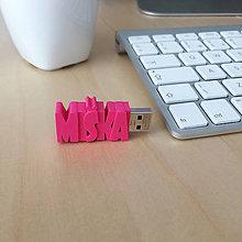 Drobnosti - USB kľúč s vlastným názvom  - 7214095_