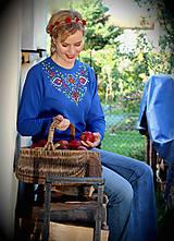 Mikiny - Maľovaná folk mikina... - 7219922_
