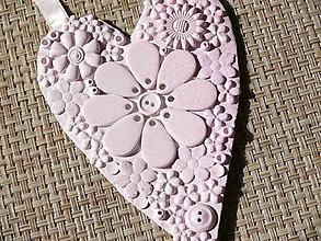 Dekorácie - Ružové srdce plné kvetov - 7223086_
