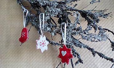 Dekorácie - Vianočné ozdoby - hviezdičky červené a biele - 7223011_