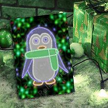 Grafika - Grafické vianočné svietidlo tučniak - šál (svetielka) - 7221008_