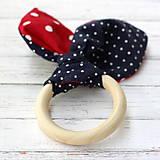 Hračky - Drevené hryzátko pre bábätko Šik bodkaté - 7228521_