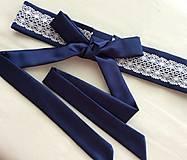 Folklórny opasok (kráľovsky modrá/biela čipka)