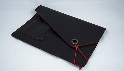Na notebook - Kožené púzdro na MacBook Air 13 čierne s červeným šitím - 7234061_