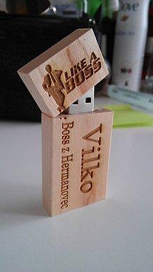 Drobnosti - Gravírované drevené USB 8G - 7241535_