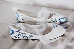 Obuv - jemné svadobné balerínky s modrým srdcom - 7239170_