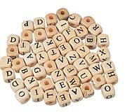 Drevené korálky písmenká (balíček 100ks)