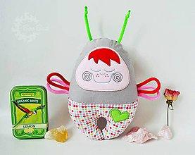 Hračky - Vesmírny chrobáčik laskonkový, retro - hrkálka - 7246223_