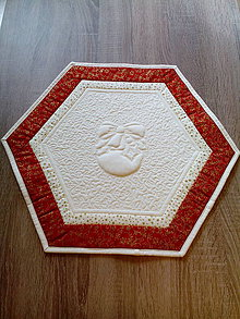Úžitkový textil - Vianočný patchworkový obrúsok - 7250406_