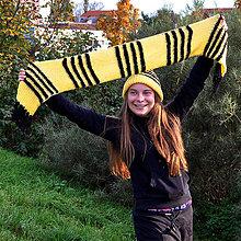 Čiapky - Žluto-černá pruhovaná souprava - 7248342_