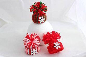 Dekorácie - Vianočné čiapočky2 - 7247885_