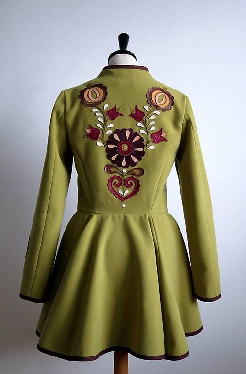 folk kabátik s ornamentami - zelený