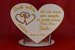 Darčeky pre svadobčanov - Drevene srdiečko ako poďakovanie rodičom 26 - 7255115_