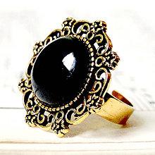 Prstene - Vintage Gold & Black Agate / Prsteň s achátom v starozlatom prevedení - 7258338_