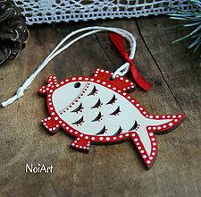 Dekorácie - Vianočná ozdoba kaprík folk - 7259065_