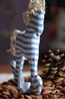 Dekorácie - Koník Pejko - 7261502_