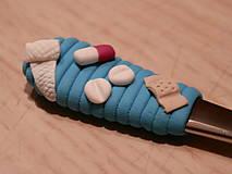 Pomôcky - Lyžička pre farmaceuta - 7261957_