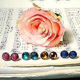 Náušnice - Color Crystals Bronze Stud Earrings / Farebné napichovacie náušnice v bronzovom prevedení - 7265940_