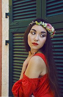 Ozdoby do vlasov - Kvetinový venček so zdobením na strane - 7262610_