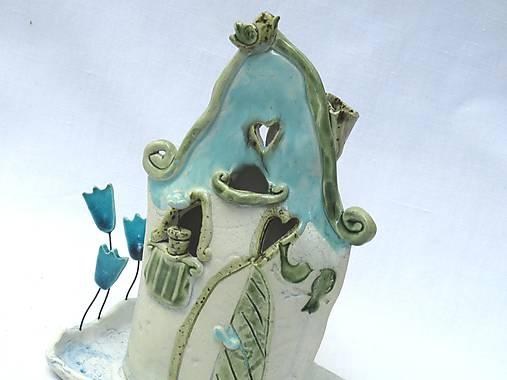 svietnik - domček so záhradkou , zelený