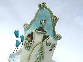 Svietidlá a sviečky - svietnk - domček so záhradkou , zelený - 7268652_