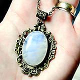 Náhrdelníky - Vintage Moonstone & Ornaments / Výrazný náhrdelník s pravým mesačným kameňom - adulárom - 7275601_