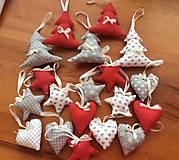 Dekorácie - Vianočné ozdoby - sivo - biele, prípadne červené Vianoce - 7280137_