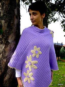 Iné oblečenie - Pončo - fialkové s kvetmi - 7280435_