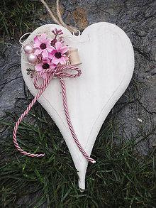 Dekorácie - Drevené srdce v ružovom - 7286451_