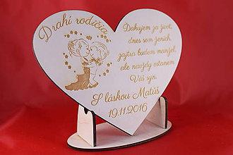 Darčeky pre svadobčanov - Drevene srdiečko ako poďakovanie rodičom 27 - 7286262_