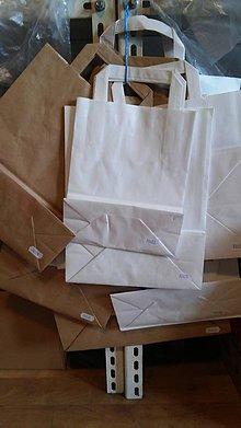Obalový materiál - Taška papierová 50ks - 26x17x25 - 7289047_